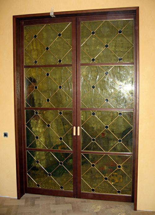Межкомнатная дверь витраж. Изготовление художественных витражей в Саратове